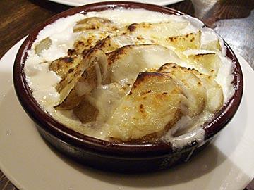 バーカロ BACAROのポテトのクリームグラタン