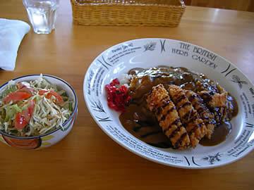 カフェレストラン花車のチキンカツカレー