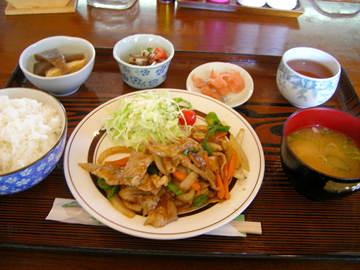 花うさぎの豚肉生姜焼きのランチ
