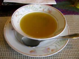 印度料理の店ホットハウスのランチのスープ