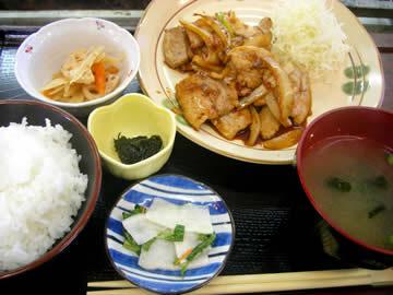 海道屋の豚生姜焼き定食
