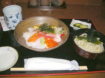 かまど本店の海鮮丼定食