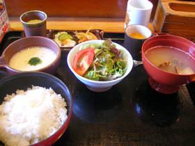 かっぱ鮨のとろろ味噌定食