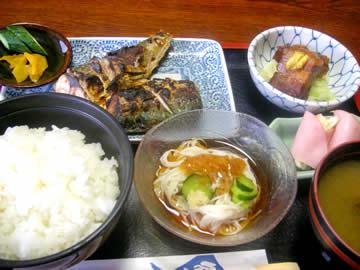うなぎ専門店 川義の日替ランチ