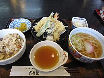吉兵衛 鹿島店の五目御飯定食