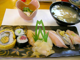 松乃鮨のサービスランチ