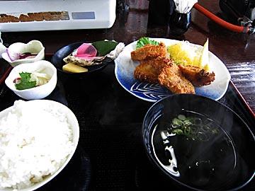 宮本水産のかきフライ定食