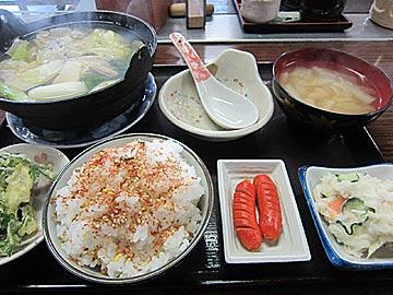 お食事処 みずの牡蠣鍋の定食