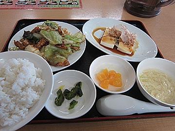 台湾料理 四季紅の回鍋肉のランチ