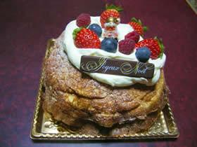 サンニコラのミルクレープのクリスマスケーキ