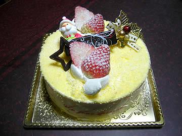 サンニコラのドゥーブルフロマージュのクリスマスケーキ