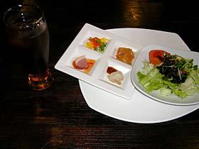 租界厨房 上海老街の彩り前菜4種盛りとサラダ
