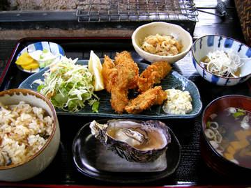 「かき処 海」のかきフライ定食