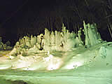 福地温泉の青だるライトアップ 飛騨高山観光Web