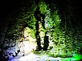「奥飛騨樹林帯タルマかねこおりライトアップ」たるまの滝ライトアップ 飛騨高山観光Web