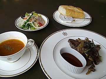 レストラン フェスティーボのサイコロステーキランチ