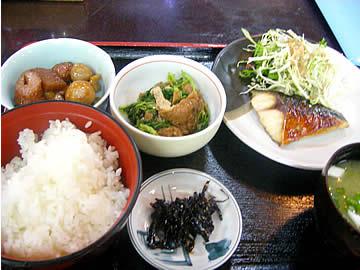 食事処茶柱の焼鯖の定食