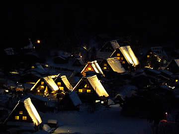 白川郷合掌造り集落ライトアップ