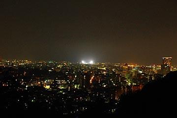 卯辰山の見晴台の夜景